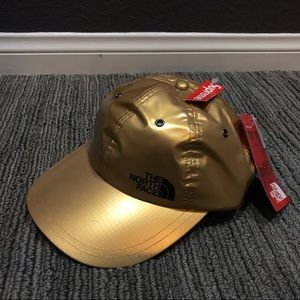 SUPREME x THE NORTH FACE Hat Metallic Gold TNF cap